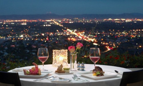 Como sorprender al amor en una cena